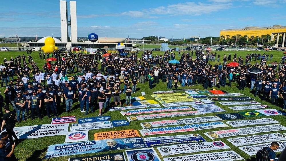 Policiais civis protestam em Brasília contra a Reforma da Previdência.