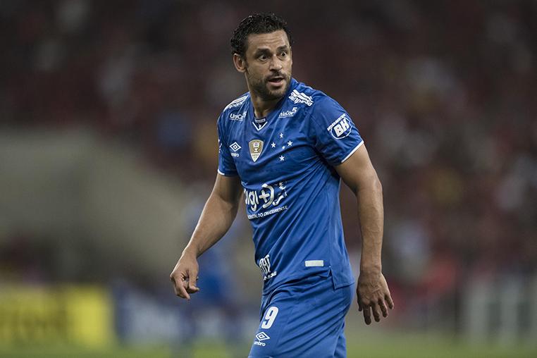 O débito do Cruzeiro com o atacante Fred chega a R$ 3,8 milhões.