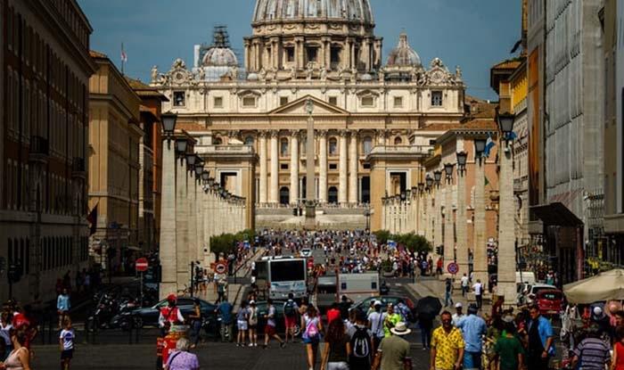 Vaticano avança em direção a altos percentuais de coleta seletiva de lixo.