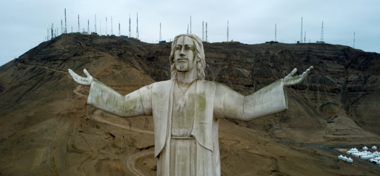 Estátua se transformou no pomo da discórdia no Peru por estar sendo associado a um 'símbolo da corrupção'.