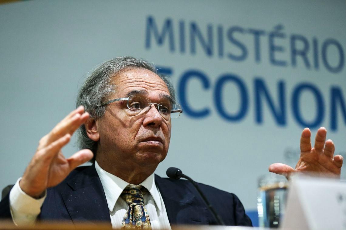 O secretário da Previdência e do Trabalho, Rogério Marinho, disse nesta quinta-feira, 18, que o ministro da Economia, Paulo Guedes, avalia como devolver o projeto de capitalização à Previdência.