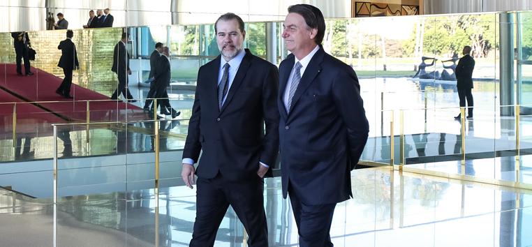 Presidente Jair Bolsonaro durante com ministro Dias Toffoli em maio deste ano