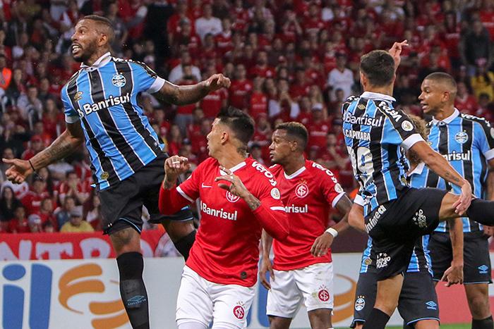Com o empate, os dois times perdem a chance de diminuir distância para o Palmeiras.
