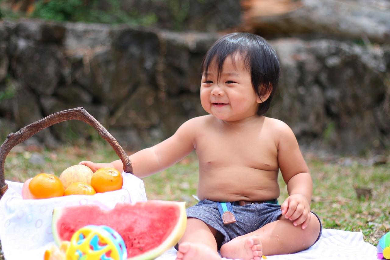 Os pesquisadores descobriram que frases como 'se você comer lentilhas, vai ficar mais forte e correr mais rapidamente' eram mais eficientes para convencer crianças.