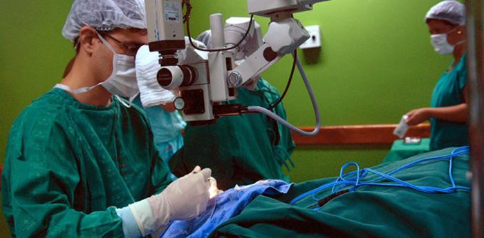 As ações de controle de infecção hospitalar em escala nacional são coordenadas pela Anvisa.