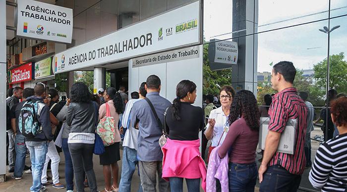 O maior corte foi no orçamento destinado ao sistema de integração das ações de emprego, trabalho e renda, que perdeu R$ 44,8 milhões.