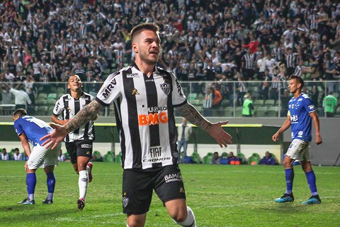O Atlético sacramentou sua vitória aos 46 minutos da segunda etapa, com gol do meia Nathan.
