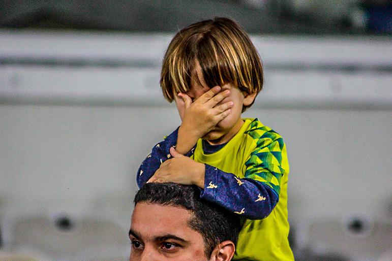 Torcedor decepcionado com mais uma derrota do Cruzeiro.