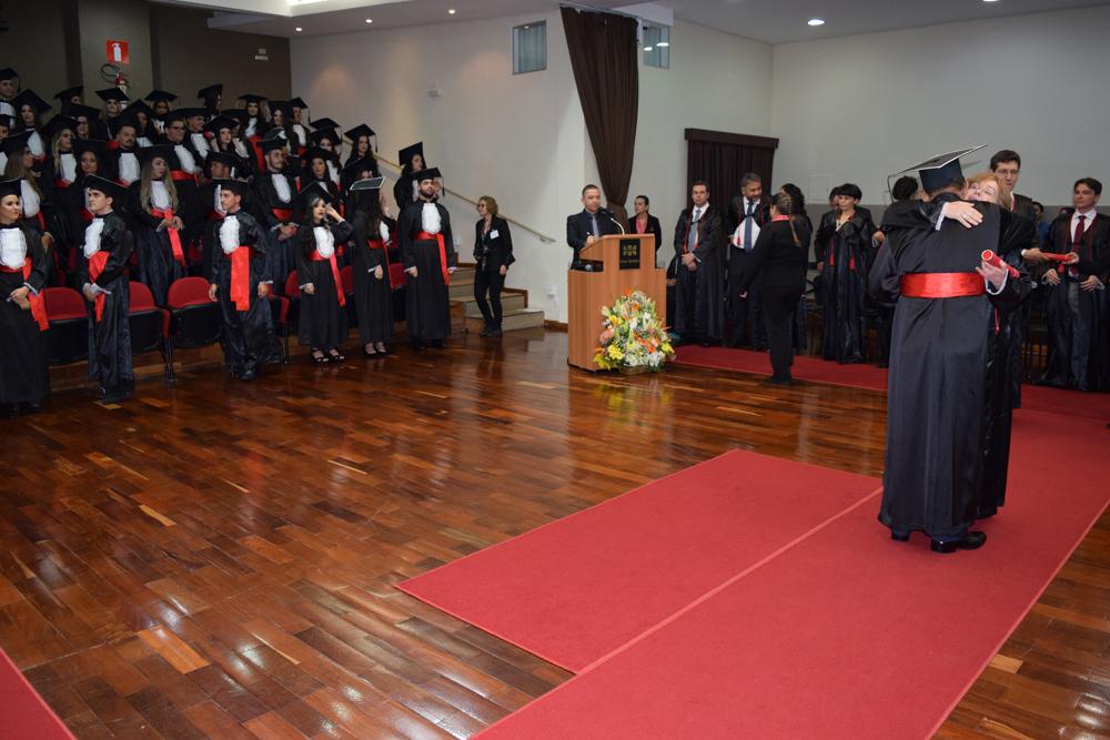 Entrega dos diplomas