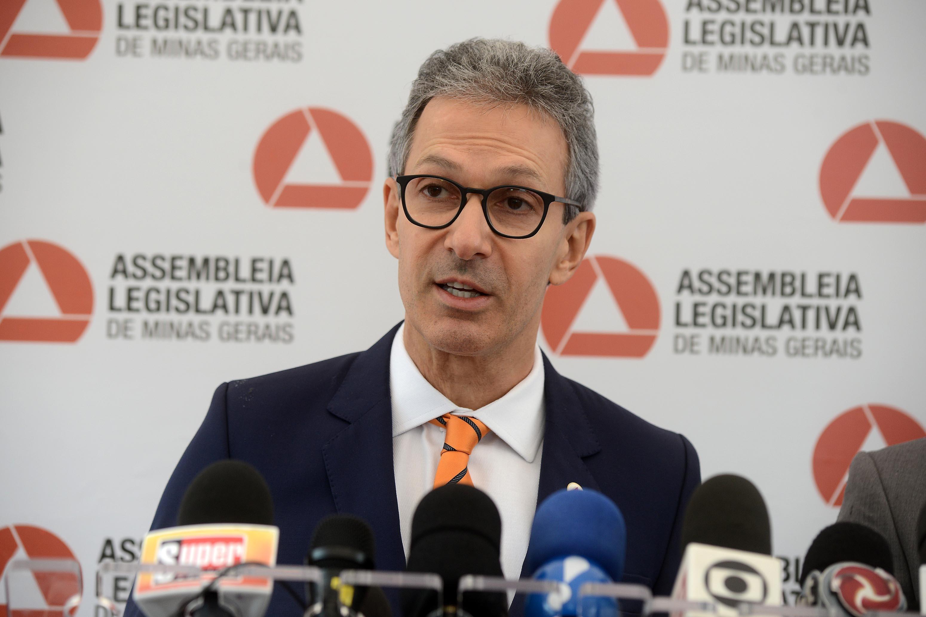 O advogado-geral de Minas Gerais, Sérgio Pessoa de Paula Castro, defende a medida como necessária na adaptação para o que chamou de