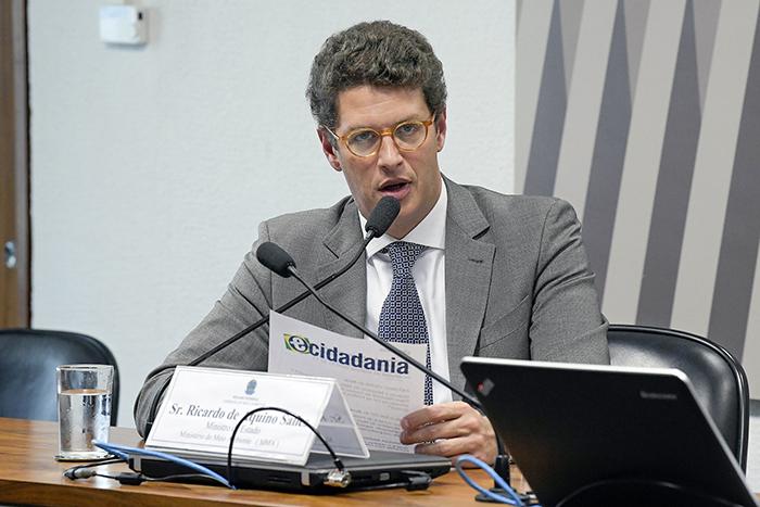 A evolução patrimonial de Salles ocorreu quando ele foi acusado de fraudar o plano de manejo de uma área de proteção ambiental.