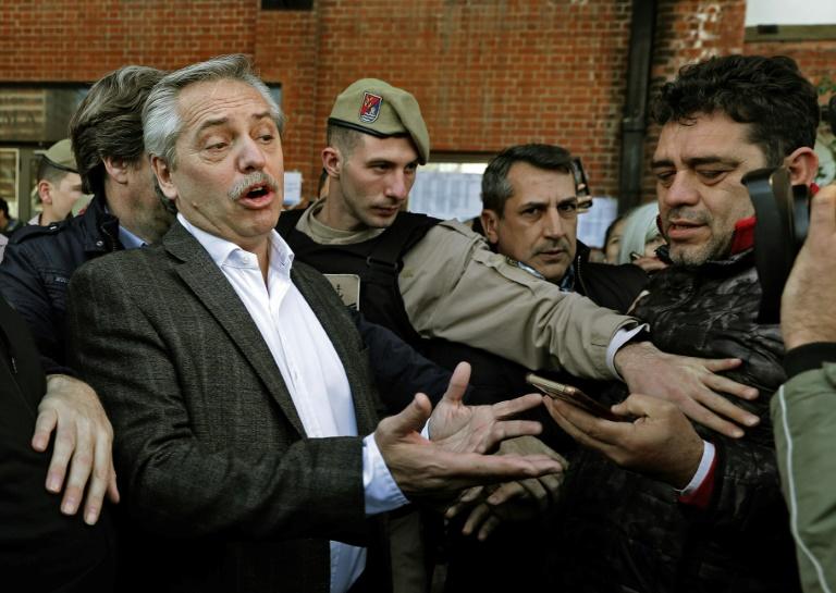 Alberto Fernández, candidato presidencial da coalizão peronista Frente de Todos, em 11 de agosto de 2019, após votar nas primárias argentinas