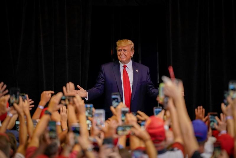 Apelar a temores de brancos sobre raça pode ser mais difícil para Trump em 2020, diz pesquisa