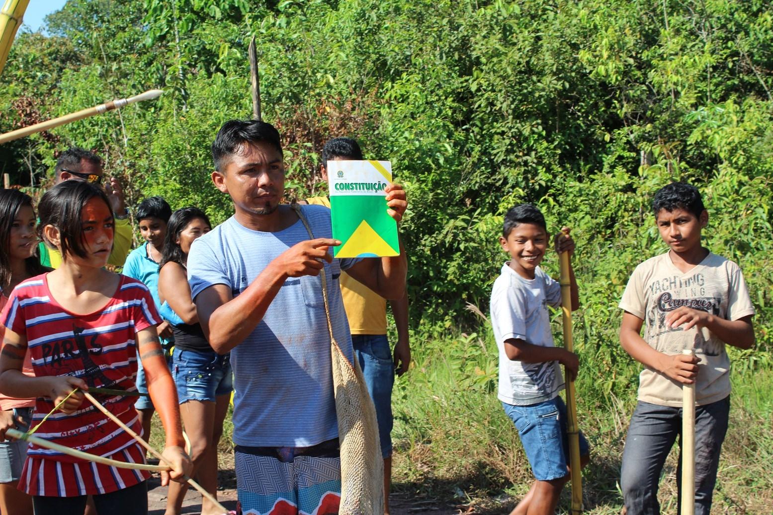 Os ataques ao Povo Mura comprometem a vida na aldeia