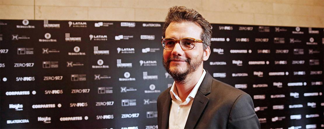 Moura debutou como diretor com o filme sobre a morte do político comunista Carlos Marighella.