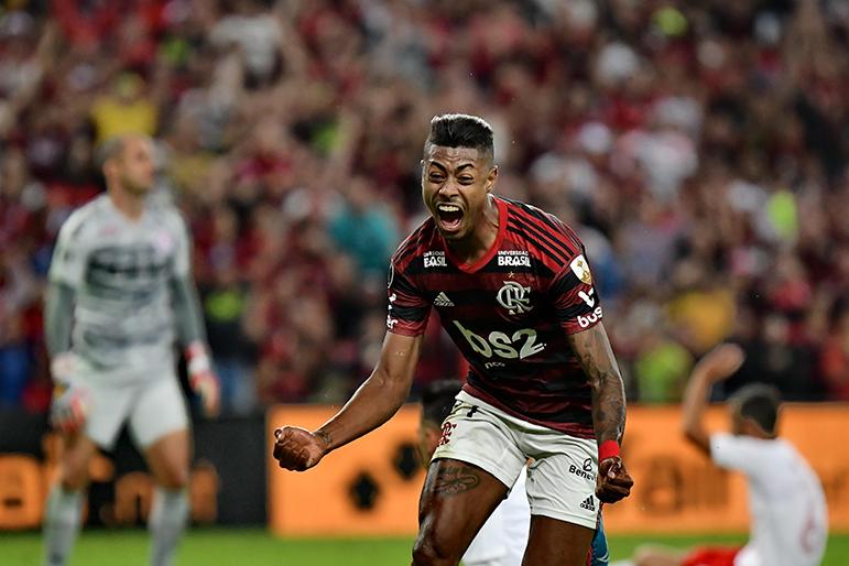 Bruno Henrique foi o grande destaque do Flamengo na vitória sobre o Internacional.