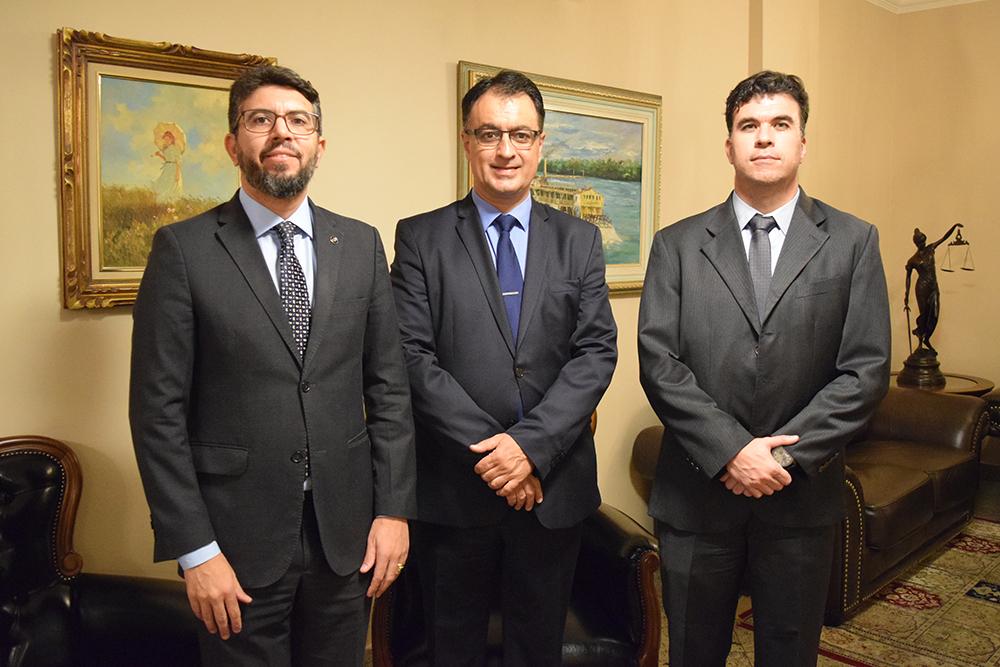 Renato Lima França, Advogado Geral da União, André Prado de Vasconcelos e Marcelo Kokke, professores da Dom Helder.