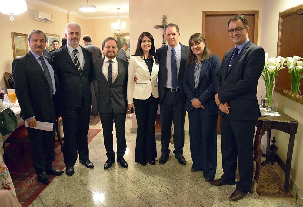 Professores da Dom Helder e convidados recebem o ministro João Otávio de Noronha, presidente do STJ.