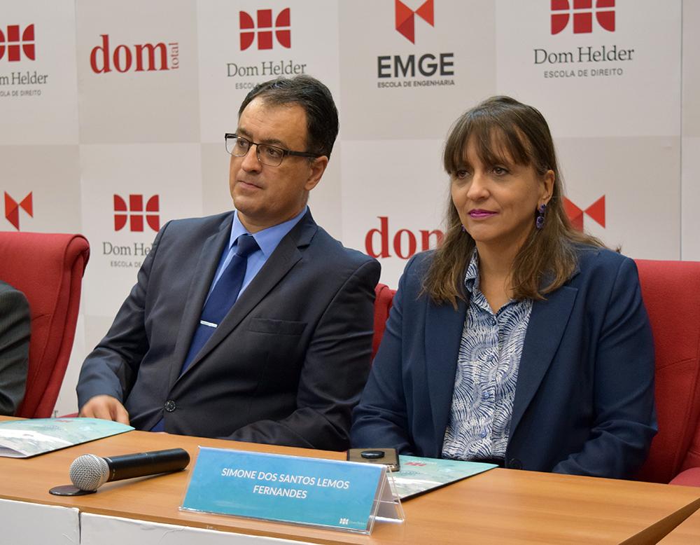 Professor André Prado de Vasconcelos, da Dom Helder, e juíza Simone dos Santos,  secretária-geral do CJF.