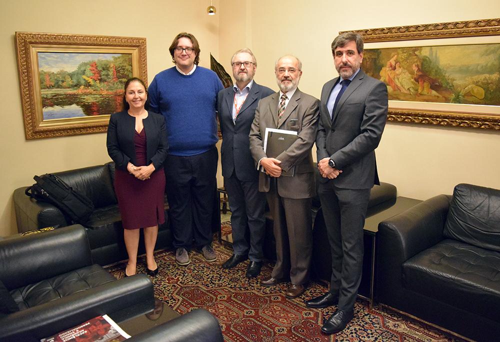 Professora Beatriz Costa, advogado Thomas Goodhead, professor José Cláudio Junqueira, juiz Ricardo Torres Carvalho e professor Lyssandro Norton Siqueira.