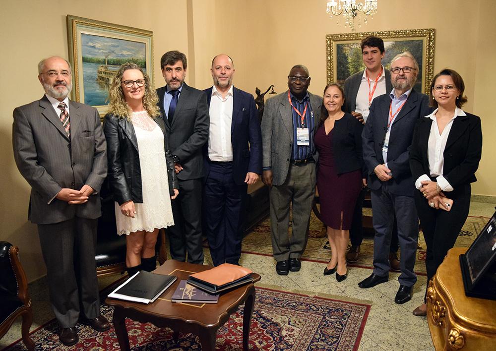 Professores da Dom Helder e palestrantes do seminário Jurisdição Ambiental.
