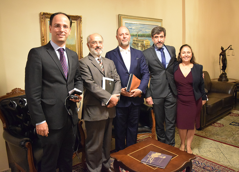 Tarcísio Chaves, Ricardo Torres, Werner Grau, Lyssandro Norton e Beatriz Costa.