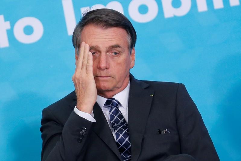 A avaliação positiva de Bolsonaro diminuiu, passando de 38,9% em fevereiro para 29,4% agora.