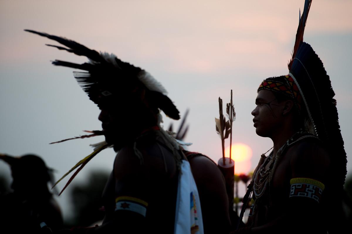 Frente a tantas agressões que sofrem do presidente, o Cimi manifesta solidariedade aos povos originários do Brasil