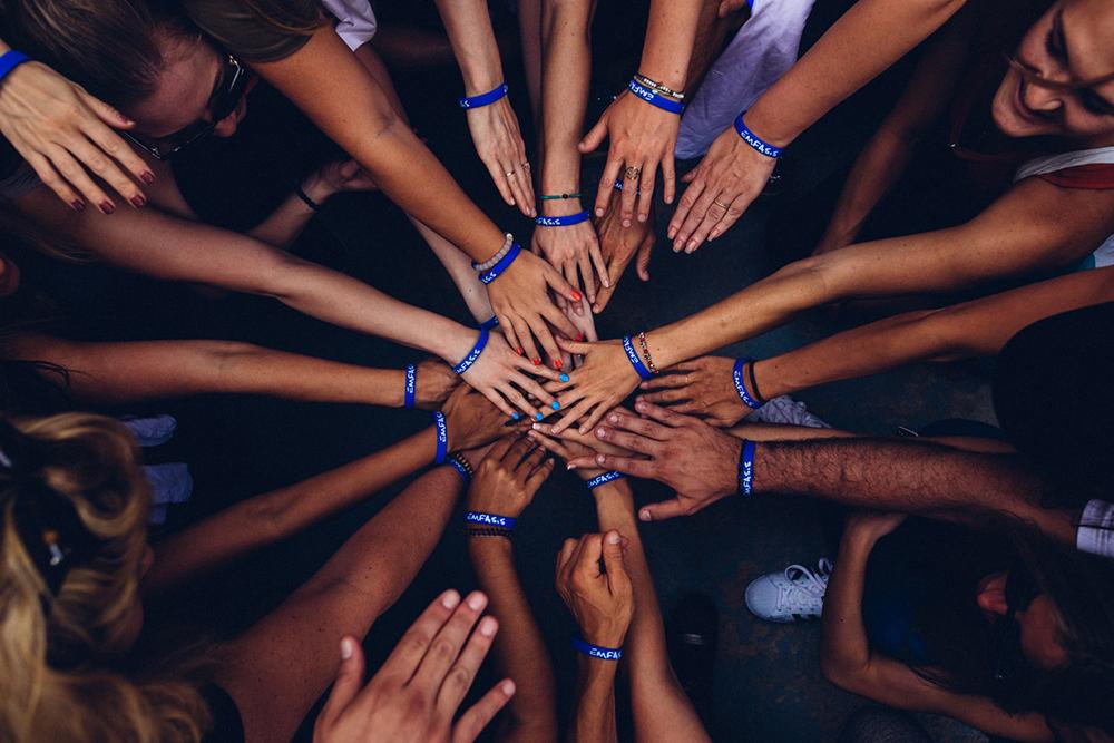 A solidariedade é critério de avaliação do verdadeiro e falso cristão, da verdadeira e falsa igreja cristã.