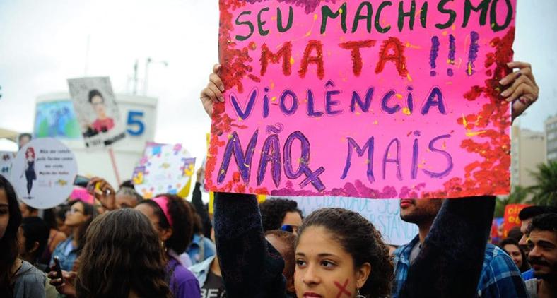 Mulheres protestam contra a violência no Rio de Janeiro. (Agência Brasil)