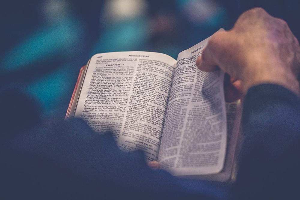 Igreja celebra setembro como o mês da Bíblia.