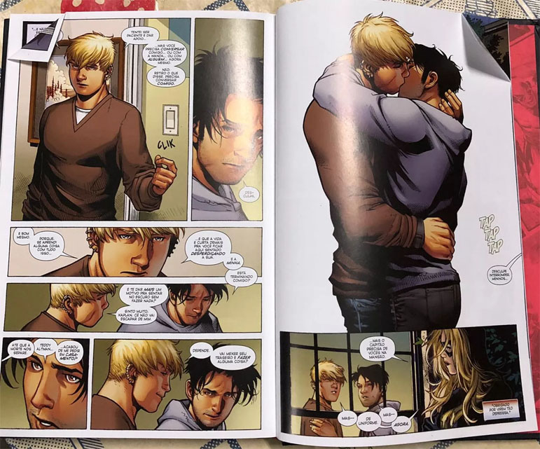 O prefeito Marcelo Crivella tentou censurar o beijo gay nos quadrinhos da Marvel.