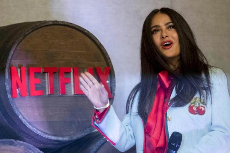 Atriz mexicana Salma Hayek durante apresentação na Cidade do México da série