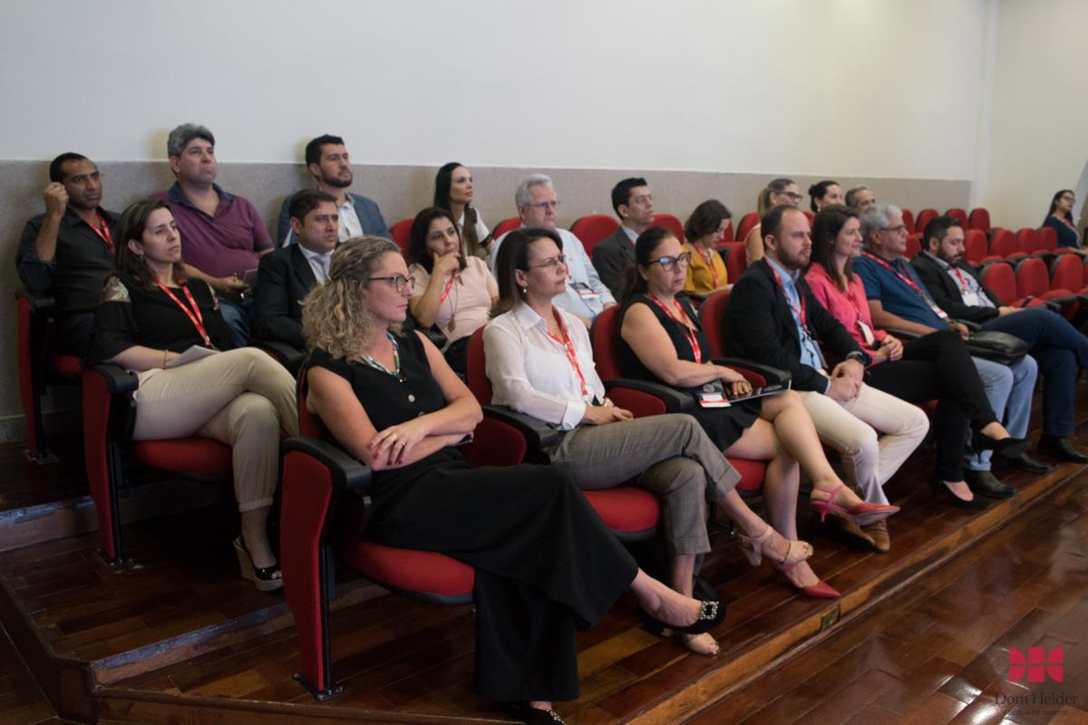 Painel 'Como empreender a própria carreira' no II Congresso do Conhecimento.