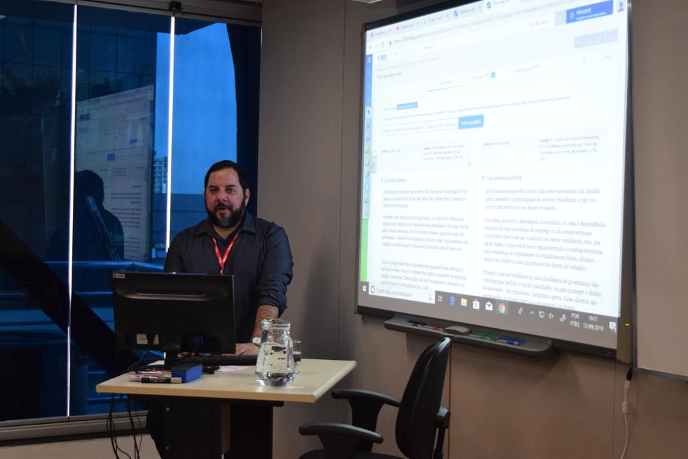 Leonardo Oliveira falou sobre vLex: Como otimizar sua pesquisa acadêmica e profissional.
