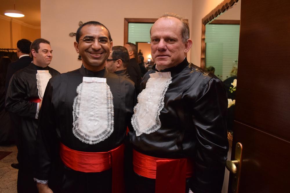 Os professores Adair Machado e Newton Teixeira