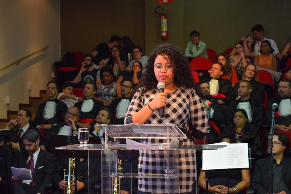 A aluna Clara Costa também apresentou para o público sua redação sobre Dom Helder