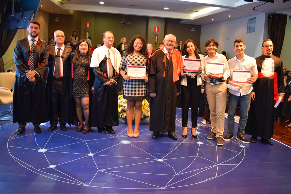 Parabéns aos ganhadores do concurso de redação sobre Dom Helder