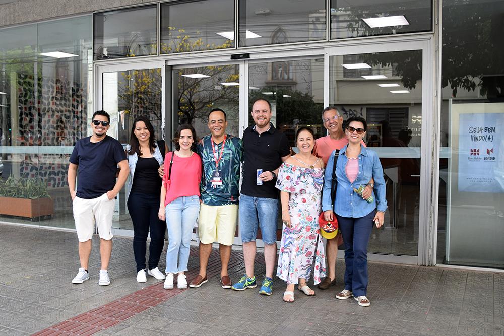 Participantes do II Congresso partem rumo à Unidade 3, em Brumadinho.