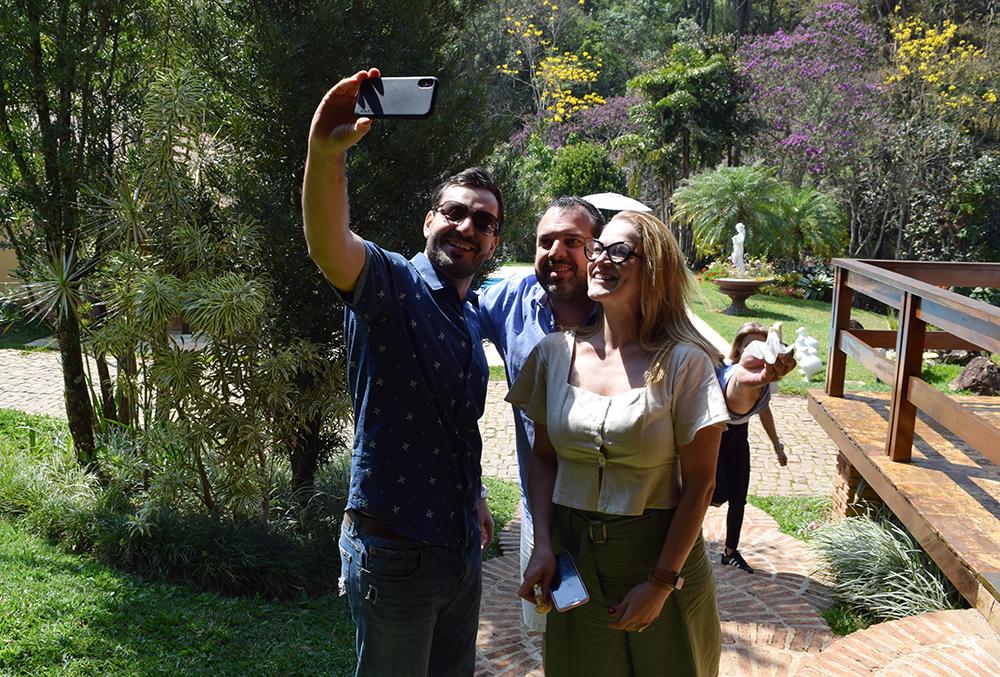 Professores da Dom Helder durante tour conduzido pelo arquiteto Frabrício Microni, gerente administrativo da Unidade 3.