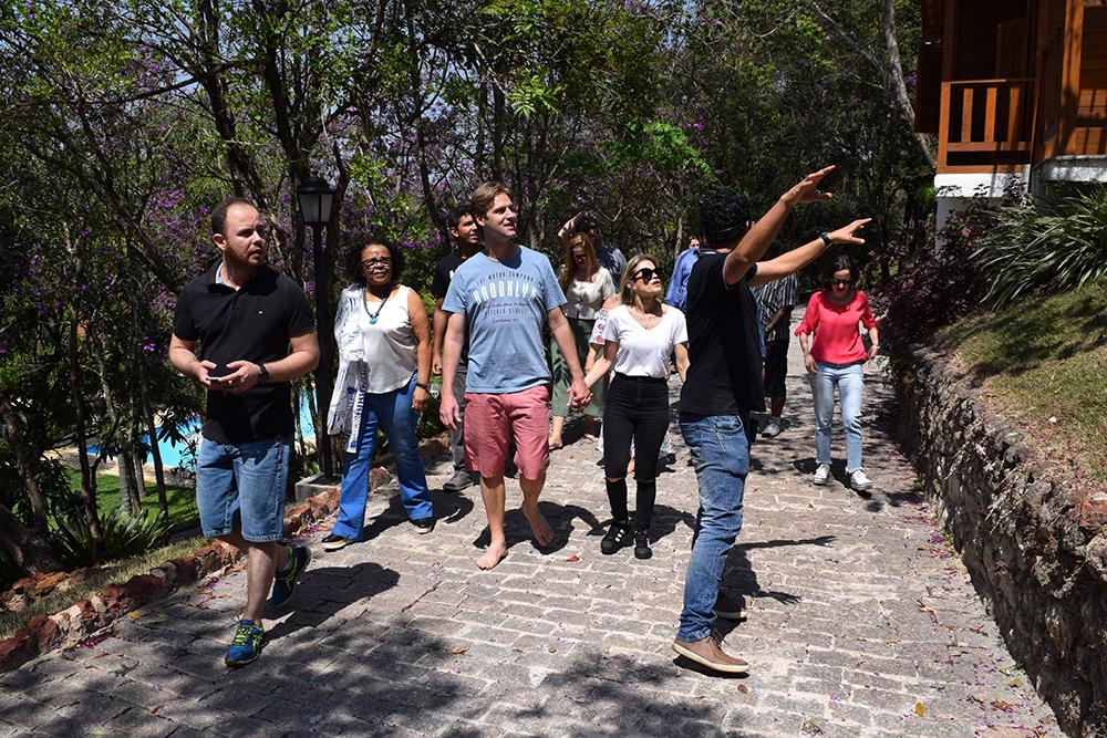 Tour conduzido pelo arquiteto Frabrício Microni explorou diferentes locais da Unidade 3.