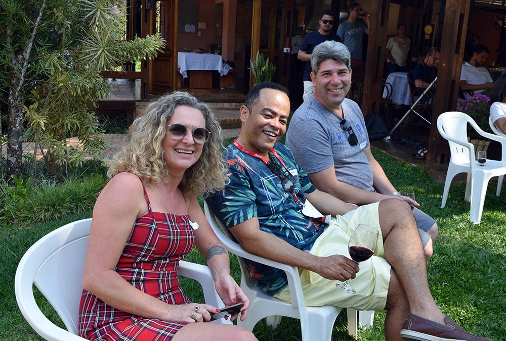 Cácia Stumpf, pró-reitora administrativa, Rogério Vieira, coordenador do NEP, e Edmilson Ferreira, coordenador do EAD.