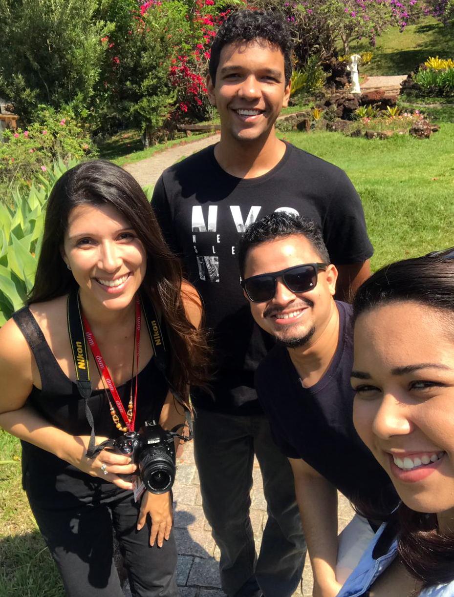 Patrícia Azevedo, jornalista DomTotal, Lindon John, aluno da EMGE, Lucas Martins e Jéssica Marques, do NEP.