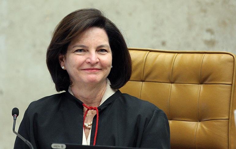 Raquel Dodge foi questionada sobre o andamento das apurações pelo ministro Edson Fachin, relator da Lava Jato no Supremo.