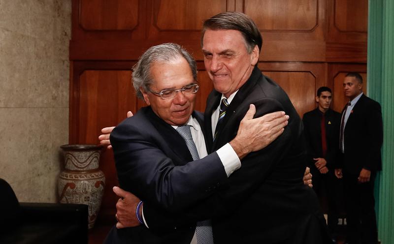 Plano do ministro Paulo Guedes pode esbarrar em determinação do presidente Bolsonaro