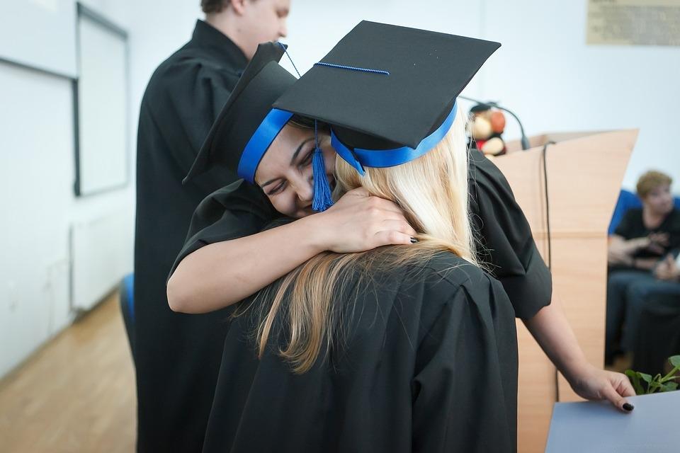 No ano passado, de cada dez ingressantes no ensino superior, quatro foram para o Ensino a Distância