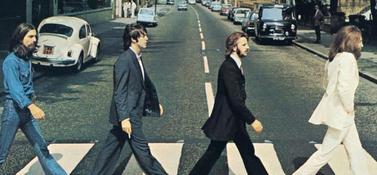 Capa do icônico disco Abbey Road, dos Beatles, de 1969. (Reprodução)