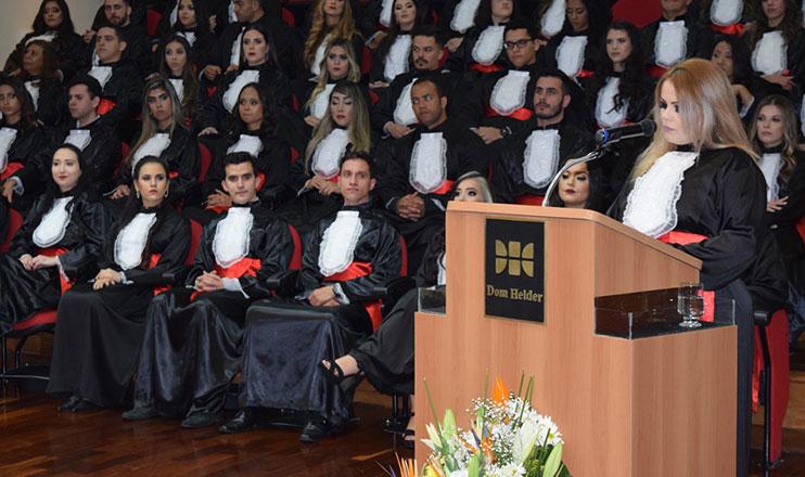 Formandos, agosto/19: compromisso com a excelência acadêmica.