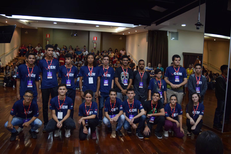 As dez duplas classificadas para a segunda etapa da grande final do Campeonato de Matemática.