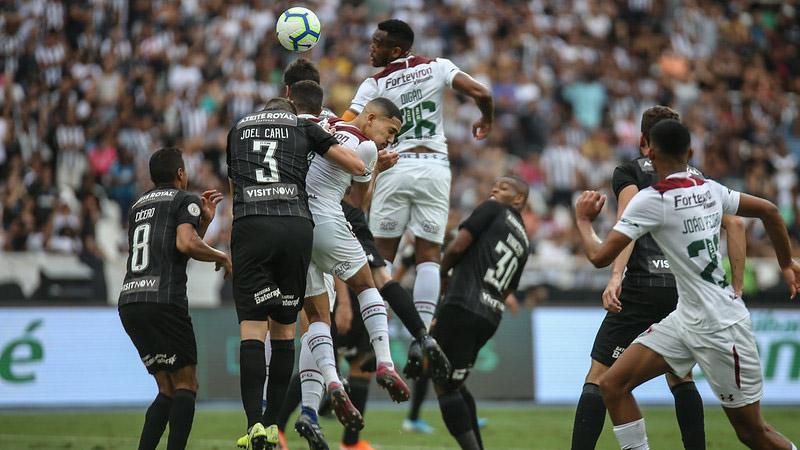Clássico carioca terminou com vitória tricolor